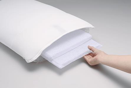 S line pillow 03